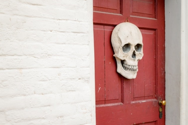 10 Spooky Cool Home Features That Will Get You in the Halloween Spirit